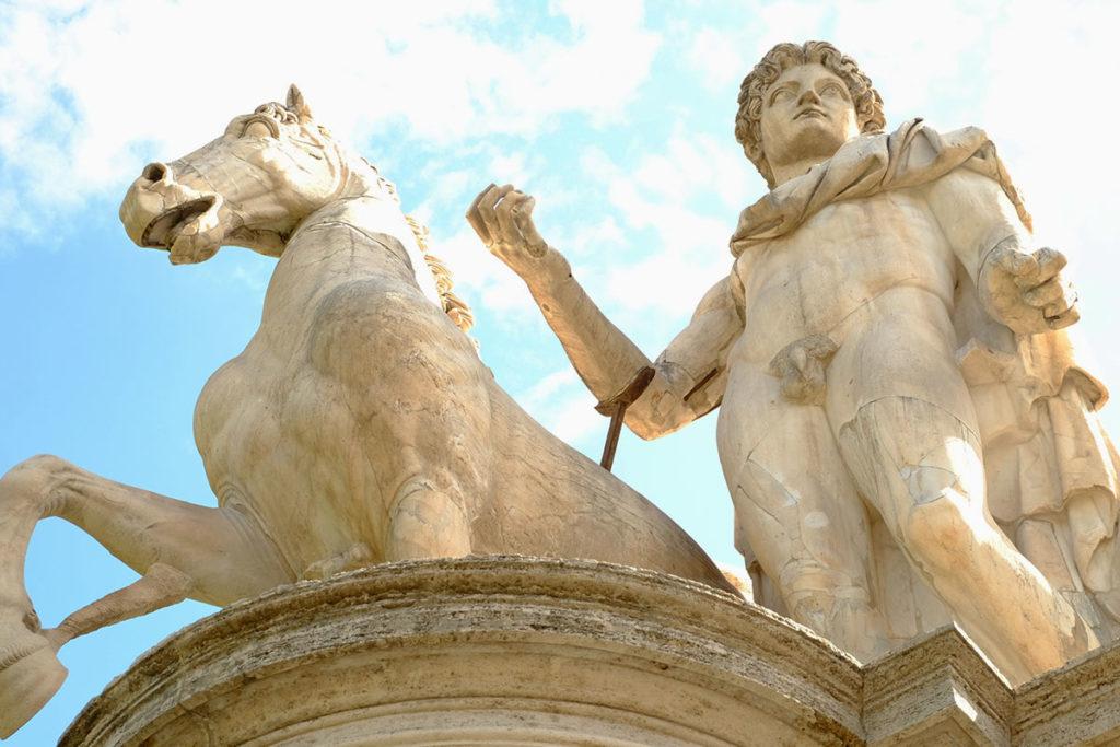 rome statue castor capitole