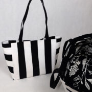 sac-cabas-rayures-noir-blanc-otziotzi-et-doublure-legumes