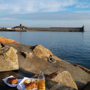 Les aventures du sac cabas OTZIOTZI à Collioure (France)