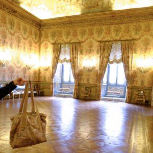 otziotzi-artisanat-textile-sac-cabas-made in france dans la galerie Doria-Pamphilj