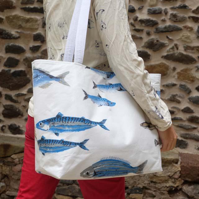 sac-cabas-otziotzi-blanc-poissons-porte-epaule-2